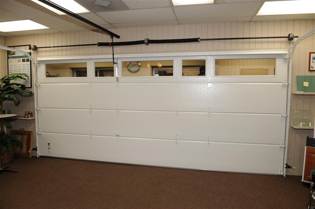 Largest garage door showroom ventura county 805 339 0103 for Garage door repair oxnard